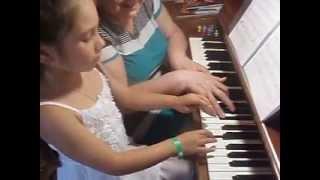 Людмила Жульева. Киска-пианистка. Первые уроки
