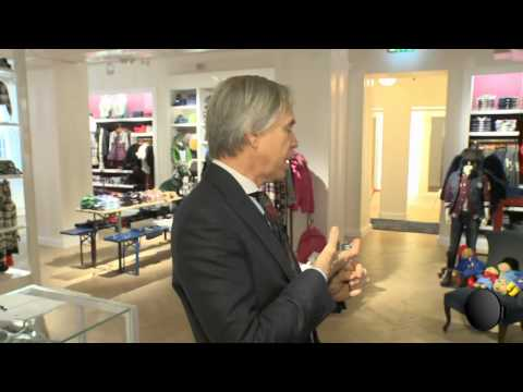 A tour with Tommy Hilfiger - YouTube