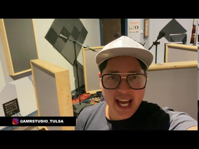 Studio Vlog 24: Featuring Avery Marshall