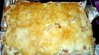 Куриная грудка под шубкой. Запеченая с луком, помидором, сыром. Простой и быстрый рецепт.