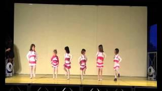 Esibizione del gruppo Baby dance - Danza della Savana