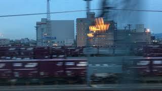 百済貨物ターミナル、夕刻。