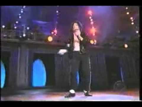 MJ Moonwalk's Live for Macaulay Culkin.
