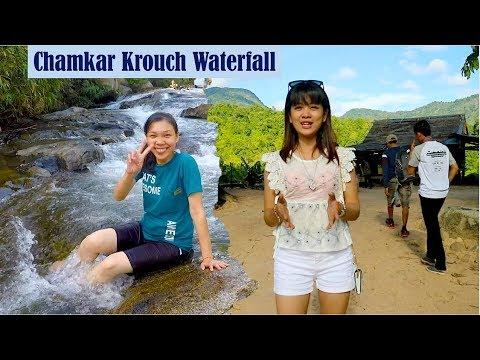 Escort girls in Kampong Spoe