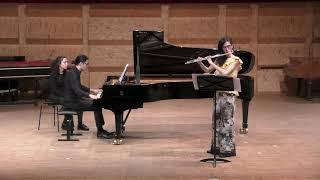 """Lotta Wennäkoski - """"Ilmakehästä"""" (From the Atmosphere) 2003 María Cristina González - flute"""