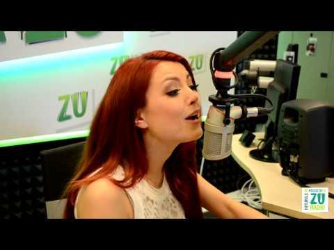 Elena Gheorghe canta pentru armani live la Radio ZU