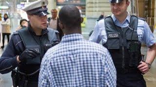 Einsatz für Bundespolizisten am Frankfurter Hauptbahnhof [Doku Polizei 2015]