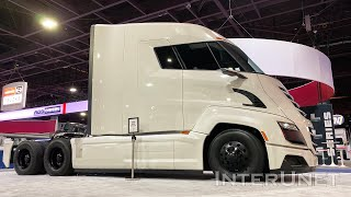 2020 Nikola Two Fully Electric and hydrogen Fuel Cell Electric Day Cab Semi-Truck