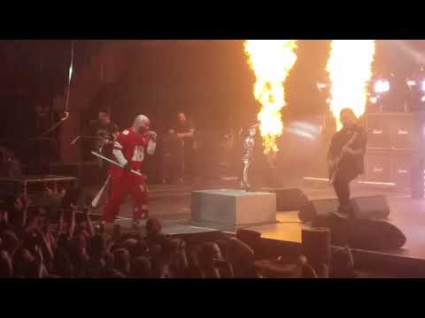 Five Finger Death Punch-Intro-Under And Over It Lincoln Ne 11-21-18 mp3
