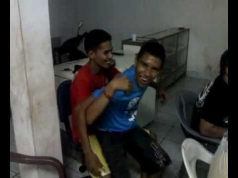 Casal gay fazendo sexo em pblico em So Benedito do Rio