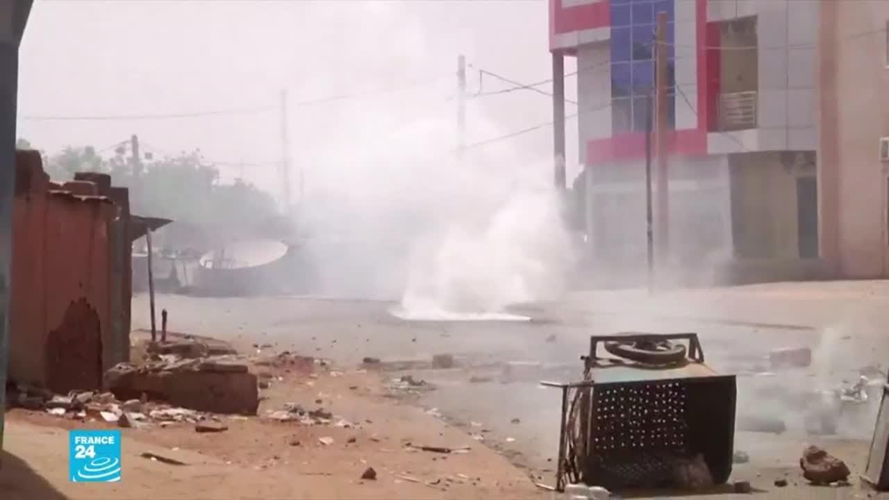 النيجر: احتجاجات على نتائج الرئاسيات.. وإحراق منزل مراسل إذاعة فرنسا الدولية  - نشر قبل 33 دقيقة