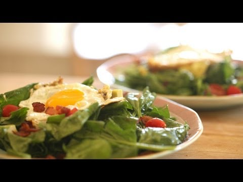 Warm Spinach Salad, Bacon And Fried Egg Recipe   Kin Community