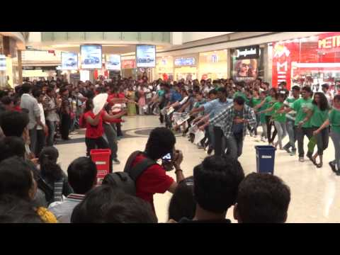 Dance in Mantri Mall, Bangalore