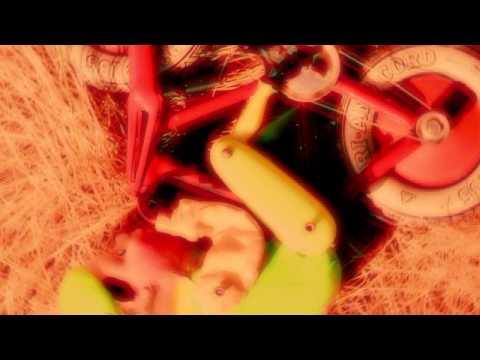 PRIMUS GREEN Naugahyde Trailer