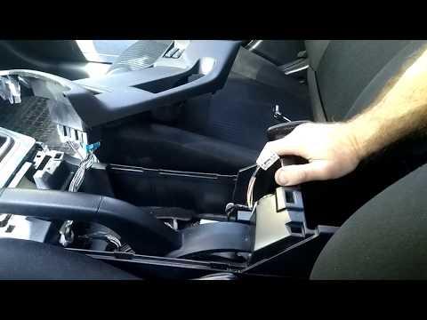 Как подтянуть ручник на лансере 10 видео