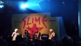 Slime, Wir geben nicht nach, Köln, Gebäude 9, 2015