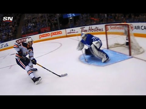 Curtis McElhinney closes five hole on Connor McDavid breakaway