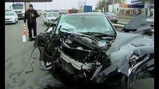 Смертельна ДТП у Львові: неповнолітній водій на «Mercedes» влетів у будинок