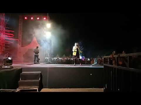 MATI LAMPU Versi Selvi Lida Cover Wa Ode Jois Dwiyuni , BUTON SELATAN FESTIVAL 2019