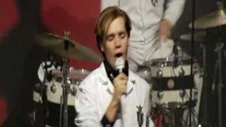 The Hives- Outsmarted at Visions Gala