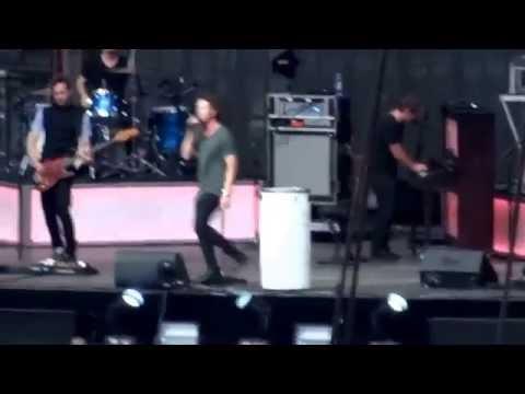 One Republic- Love Runs Out- X Tour Ed Sheeran- Wembley Stadium 10.7.15 HD