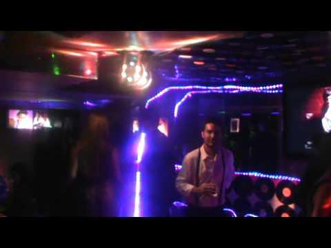 Elvis Bar Karaoke Manejamos Imágenes de Bares en Facebook 8838-5102