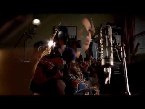 Hailee Steinfeld - Flashlight Backing Track