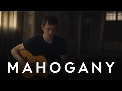 Charlie Cunningham - Lights Off | Mahogany Session