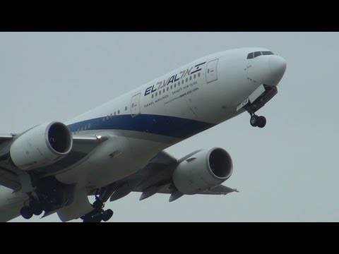 the-incredible-roar-of-rr-trent-800-/-boeing-777s-take-off-@-rome