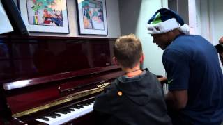Seattle Seahawks Spread Holiday Cheer at Seattle Children's Hospital