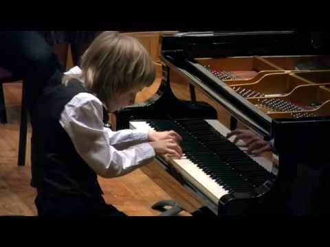 Bach concerto D-moll BWV 1052, 1-st mov., plays Alexander Denisov (10years)
