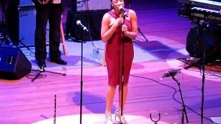 Sheléa Frazier performing I See You A Gospel