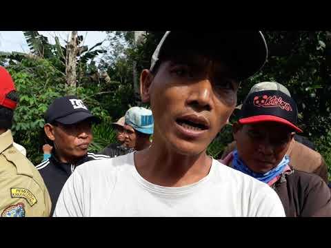 Warga Blokir Jalan,Menuju Areal Kebun Kelapa Sawit