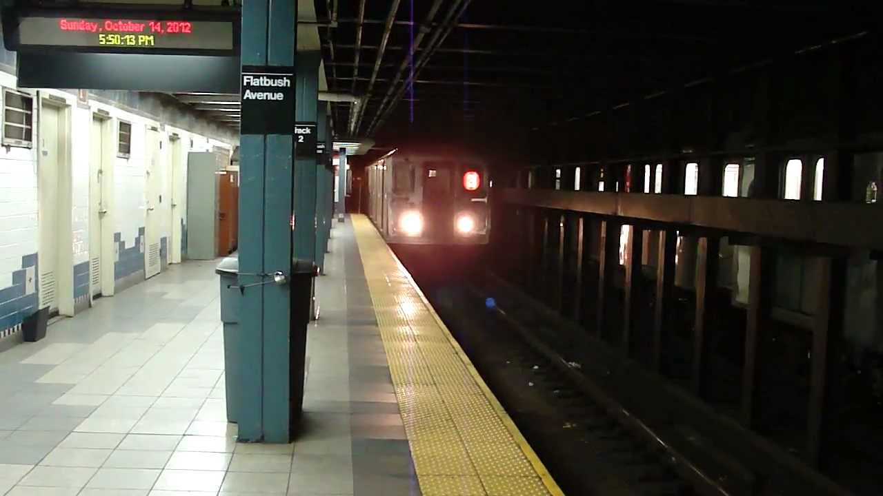Irt Nostrand Ave Line R62 3 Train At Brooklyn College