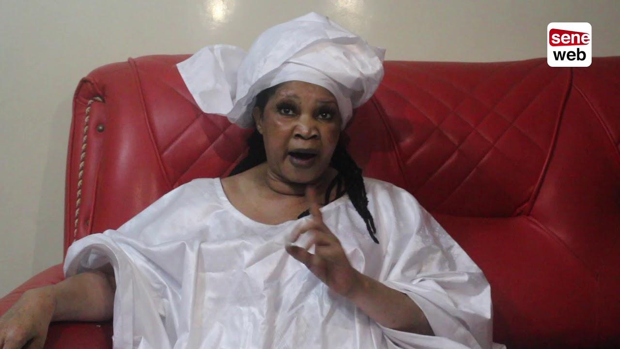 Sorcellerie et vaudou sénégalais : La voyante Selbé Ndom recommande à Macky SALL d'immoler un chameau et une girafe pour gagner la présidentielle 2019