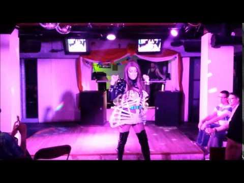 Sunday Pride Revue Amaya King You're a superstar