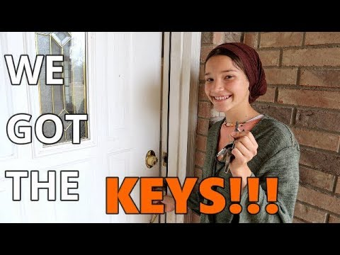 We Got The Keys!!! / House Tour / Cleaning Up / Paint Color Reveal / Our First Visitors / Scag Mower