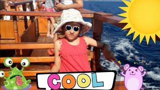 Морская прогулка по Эгейскому морю! Boat trip on the Aegean Sea!(Моя морская прогулка по морю во время отдыха в Греции, Халкидики, Эгейское море. Прогулка мне очень понравил..., 2016-08-07T06:33:20.000Z)