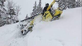 Опасные моменты на горном снегоходе