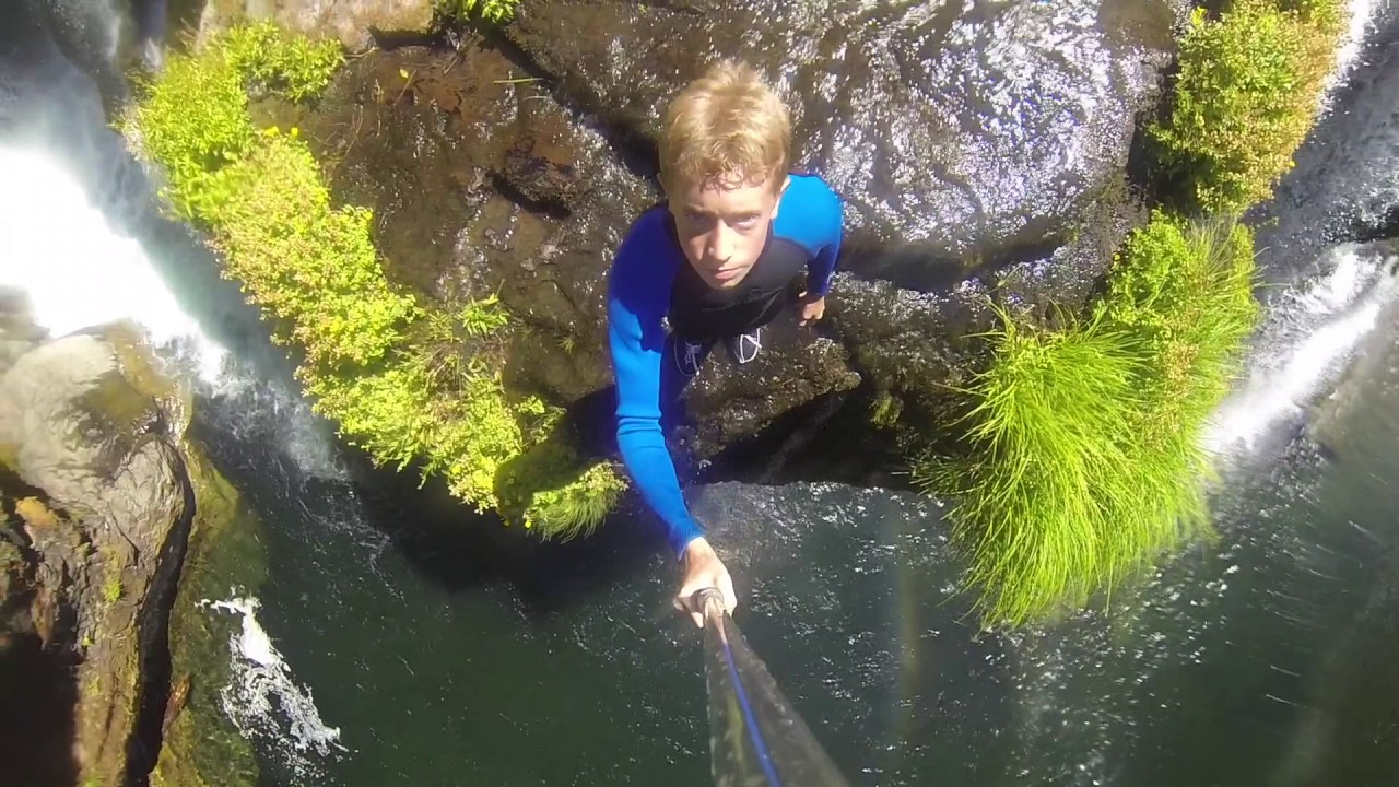 Lower Lewis River Falls - Cliff Jumping