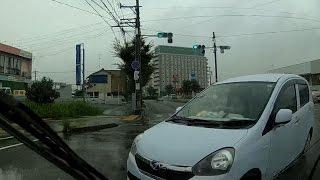 事故 の 瞬間 DQN 右折 ミラ イース と 衝突 ドライブレコーダー