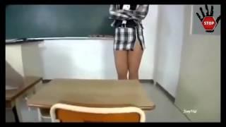 Скрытая камера! Училка пришла в школу без трусов! Вот это да!