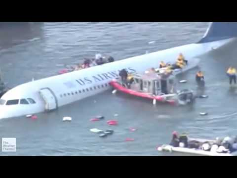 Breathless movements, Strange Creature Crash Airplane, Historical Miracle of Aviation industry