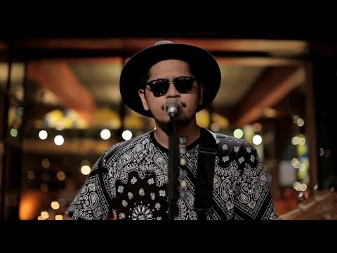 Petra Sihombing - Mine (Live at Music Everywhere) **
