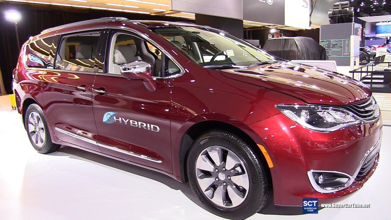 2017 Chrysler Pacifica Hybrid Platinum Exterior And Interior Walkaround Montreal Auto Show