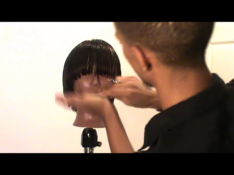 Woman S Mushroom Haircut Antolloyd Youtube