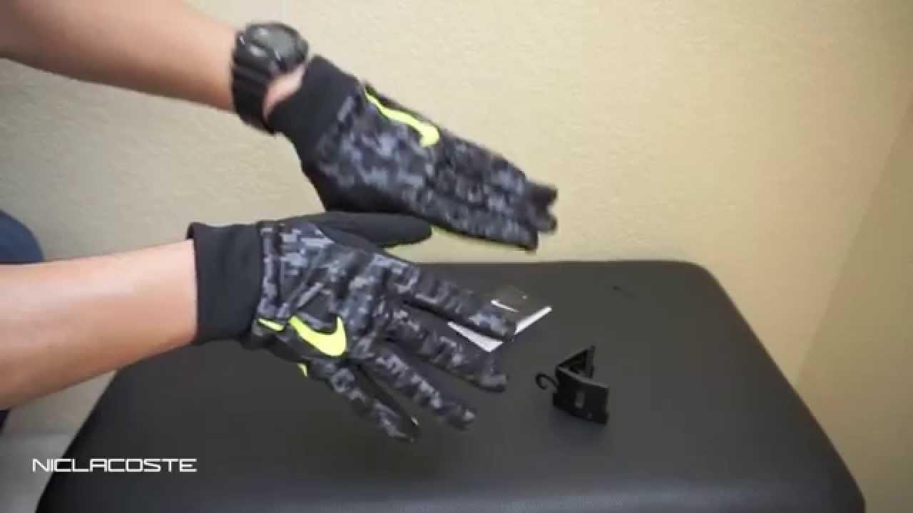 Nike Hyperwarm Field Player s Soccer Gloves Black Volt - YouTube b5b0d973d
