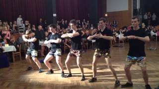 Půlnoční překvapení-Maturitní ples 2014 OAMB- 4.B