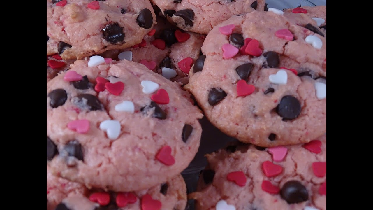 Valentine S Day Strawberry Chocolate Chip Cookies With Yoyomax12