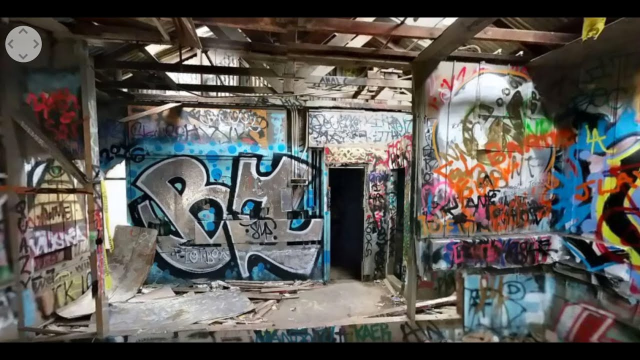 Graffiti At Old Los Angeles Zoo